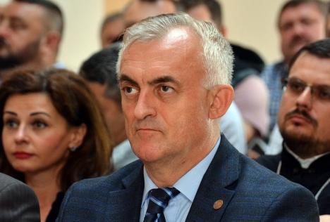 Deputatul PSD de Bihor Dumitru Gherman vrea să oblige copiii şi nepoţii să le plătească pensii de întreţinere părinţilor şi bunicilor. Cei care se opun ar putea face închisoare!