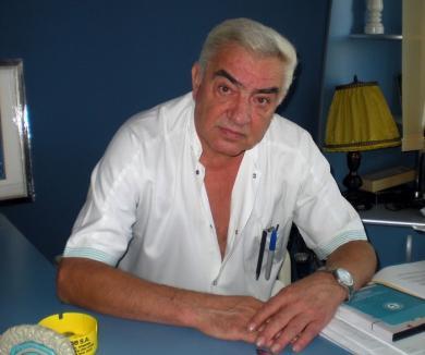 Neurochirugul Dumitru Mohan rămâne profesor la Universitate