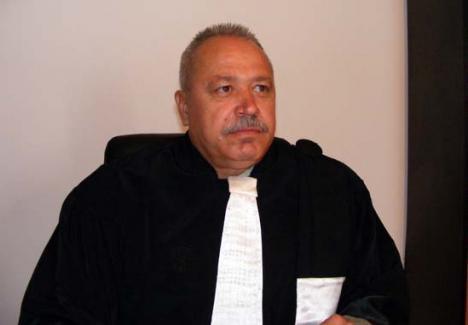 Fostul senator PSD de Bihor Vasile Duţă, condamnat la închisoare cu executare