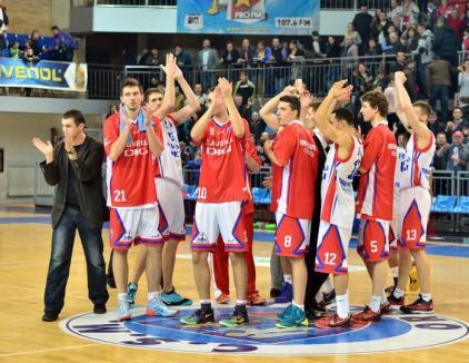 Hai Oradea! CSM şi Asesoft luptă în Arena Antonio Alexe cu trofeul pe masă