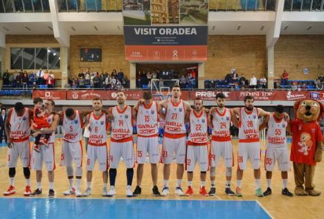 Baschetbaliștii de la CSM CSU Oradea au reînceput antrenamentele pe plan local