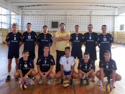 Voleibaliştii de la Atletic LPS Bihorul au pierdut derby-ul din prima etapă a noului sezon