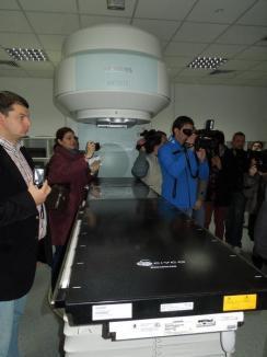 O zi mare pentru Oradea şi Bihor: Centrul Oncologic a fost inaugurat (FOTO)
