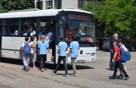 Ordonanţă pentru educaţie: Nu se mai dau probe orale la Bac şi transport gratuit pentru toţi elevii