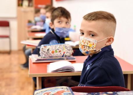 """Cum începe şcoala în fiecare localitate din Bihor: 55 de oraşe şi comune, inclusiv Oradea, în scenariul """"galben"""" (DOCUMENT)"""