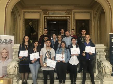 Elevi bihoreni, premianţi la un concurs naţional organizat la Iaşi, pe tema normelor de protecţie a muncii