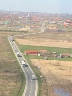 Atenţie, șoferi, Poliţia Bihor vă urmăreşte din elicopter! Imagini spectaculoase (FOTO/VIDEO)