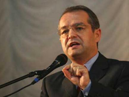 Boc, darnic pentru sine: a cheltuit peste un milion de euro pentru protocol în 2010