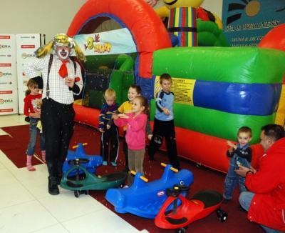 Clovni, aventură şi magie în weekend pentru copii