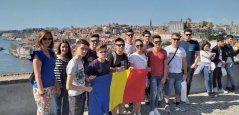 Elevii de la Liceul Nicolae Bolcaş Beiuş, experienţă IT la malul Oceanului Atlantic (FOTO)