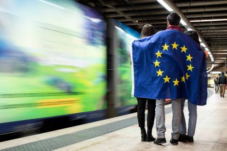 Şcoală... afară: Nouă licee din Bihor vor trimite elevii la stagii de practică în Uniunea Europeană
