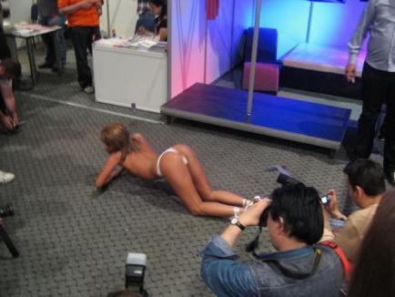 Eros Show 2010, cel mai mare show erotic din România (VIDEO)