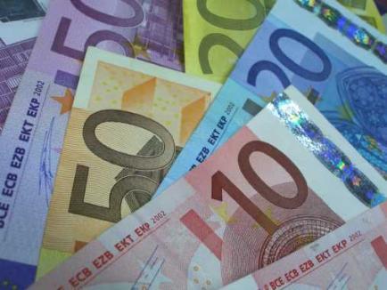 Patru femei au fost reţinute în dosarul fraudei de 200.000 euro. Între ele, celebra escroacă Ana Bora şi fiica ei