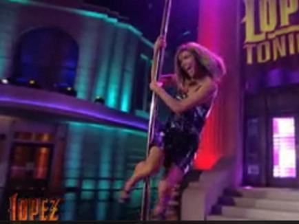 Eva Longoria, într-un număr de striptease în direct (VIDEO)
