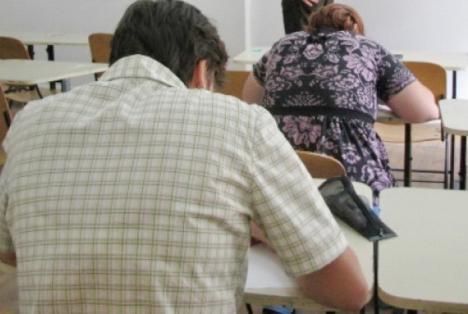 Doar jumătate din profesorii bihoreni au promovat examenul de definitivare
