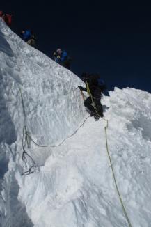 La 4.810 metri înălţime: Doi soţi orădeni au ajuns pe 'acoperişul Europei', vârful Mont Blanc (FOTO)