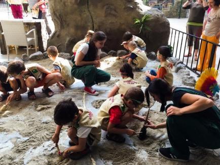 Kids' Dino Dig: ERA Park Oradea te invită în lumea dinozaurilor! (FOTO)
