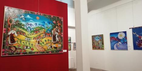 Ediția a VII-a a Expoziției naționale de artă naivă, deschisă în Muzeul Țării Crișurilor (FOTO)