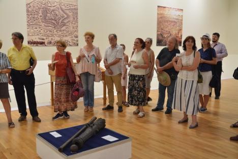 Săbiile lui Alexandru Ioan Cuza, Tudor Vladimirescu şi Sinan Paşa pot fi văzute la Oradea (FOTO)