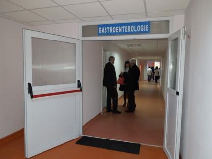 Modernizată cu 2,4 milioane de lei, noua secţie de Gastroenterologie a Spitalului Judeţean s-a mutat la etajul I (FOTO)