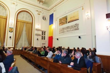 Un savant german a oferit orădenilor o lecţie de lingvistică română (FOTO)