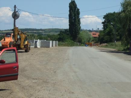 """Primarul de Rieni: Să se asigure elicopter, că pe DN 76 nici ambulanţa nu mai poate circula din cauza """"acestor jigodii de la PSD""""! (FOTO)"""