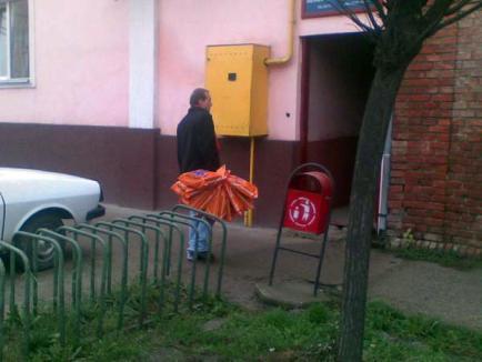 Salontanul prins cu mită electorală la grădiniţă s-a ales cu dosar penal
