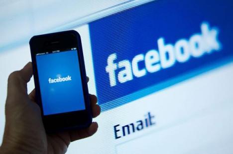 Tu știi cu cine ești prieten pe Facebook? Datele a peste 110.000 de români au fost folosite ilegal de Cambridge Analytica!