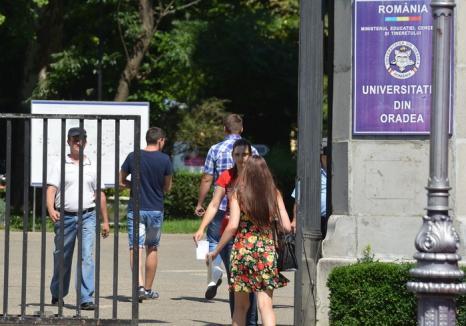 Facultate la preţ redus pentru absolvenţii Universităţii din Oradea care se înscriu la a doua specializare