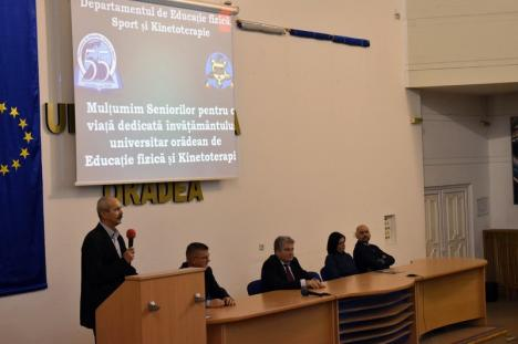 La 55 de ani de existenţă, Facultatea de Geografie, Turism şi Sport şi-a celebrat seniorii (FOTO)