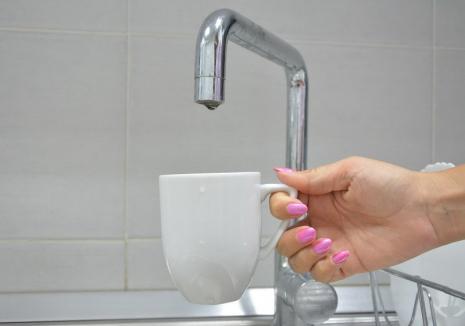 Compania de Apă Oradea: Locuitorii de pe malul drept al Crișului rămân două nopți fără apă