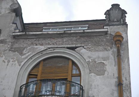 Maxim! Din 2018, terenurile şi clădirile neîngrijite din Oradea vor fi supraimpozitate cu 500%