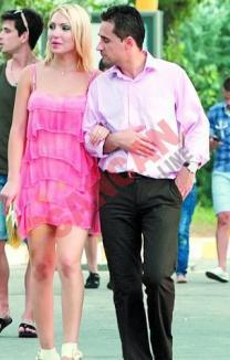 Gabriel Fătu îi face farse soţiei: o înşală cu o blondă