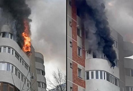 Situaţie îngrozitoare la Constanţa: O femeie a murit sub privirile pompierilor, după ce a căzut de la etajul 6 dintr-un balcon aflat în flăcări (VIDEO)