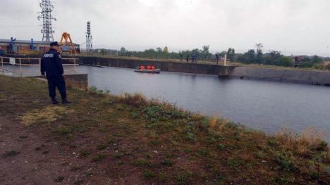 Bătrână moartă, după ce s-a înecat în canalul din Săbolciu (FOTO)