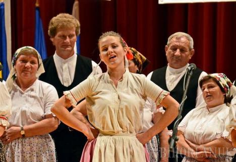 Bihorenii, invitați la Festivalul Folcloric al Tineretului Slovac, la Valea Cerului. Vezi programul!