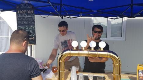 'Beţia' de mov. Festivalul lavandei de la Santăul Mic a atras sute de bihoreni (FOTO/VIDEO)