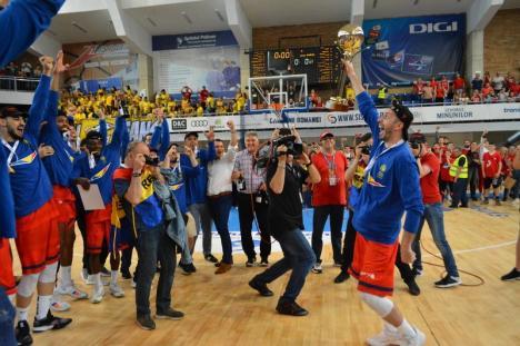 Bravo, CSM! Oradea, campioană națională la baschet pentru al doilea an consecutiv! (FOTO / VIDEO)