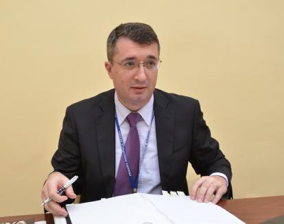Sfatul lui Csongor: UDMR-istul i-a spus noului city manager, Eduard Florea, să aibă grijă ce semnează...