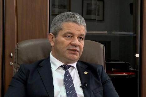 Incident în cursa Tarom Oradea-Bucureşti: Ministrul Bodog a resuscitat un pasager