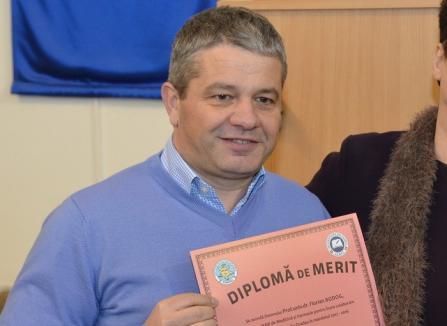 Etică în linişte: Universitatea de Vest din Timişoara pare că a uitat de plagiatul lui Bodog