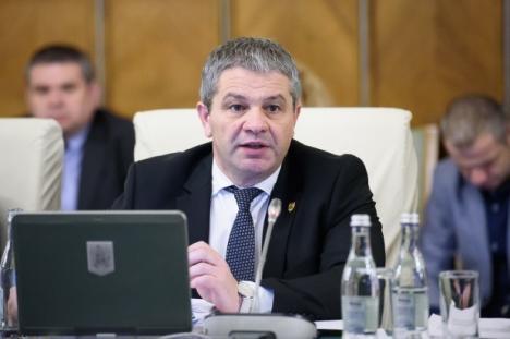 Ministrul Sănătăţii, Florian Bodog: Problema vaccinurilor este rezolvată