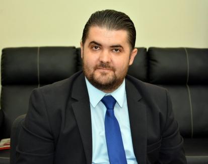 N-a rezistat nicio lună! Preotul numit adjunct în IŞJ Bihor a demisionat din funcţie