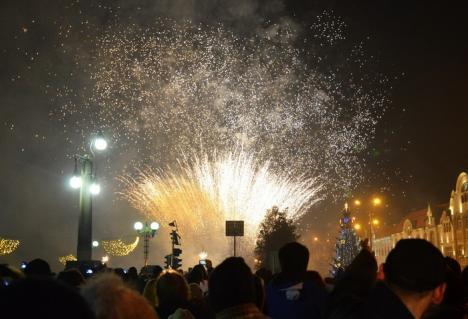 Revelion în Piaţa Unirii: Focurile de artificii vor fi lansate din trei locuri, inclusiv din Turnul Primăriei