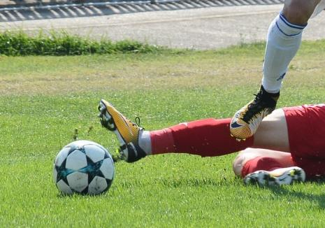 Ligile județene la fotbal: CSC Sînmartin a pierdut primele puncte din noul sezon, în timp ce CAO defilează