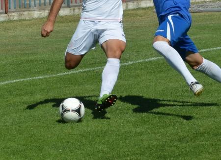 Asociaţia Judeţeană de Fotbal, la ora bilanţului: Luptă acerbă pentru primele locuri în Liga a IV-a
