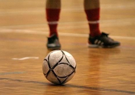 Fotbal în sală: Dinamo Oradea joacă duminică, la Arena 'Antonio Alexe', cu Clujeana Cluj, în Cupa României