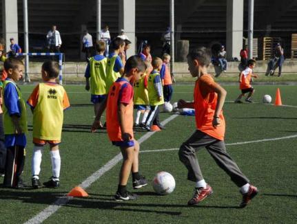 Turneu naţional de fotbal juniori organizat de FC Bihor