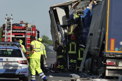 Accident grav cu două TIR-uri din România, în Italia. Unul dintre ele este înmatriculat în Bihor (VIDEO)