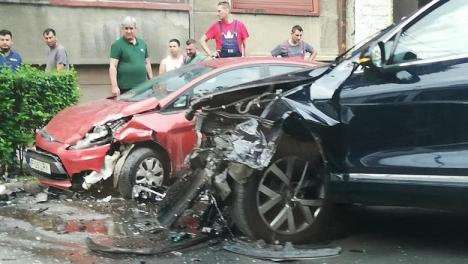 Ministrul Transporturilora ajuns la spital în urma unui accident rutier în Capitală